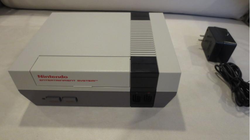 [Pre-Modded Console] NES Front Loader - RGB + NES I/O NO CUT